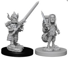 Dungeons & Dragons Nolzur`s Marvelous Unpainted Miniatures: W6 Male Halfling Fighter