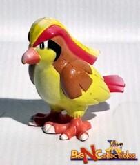 Vintage Pokemon Figure Pidgeot #18 by TOMY
