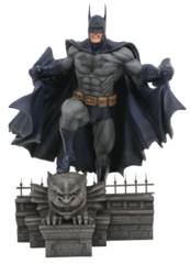 DC Gallery Batman Figure PVC