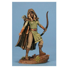Visions in Fantasy: Female Ranger 4112 Dark Sword Miniatures