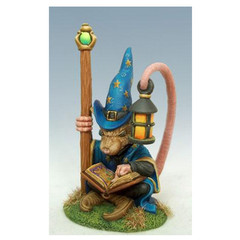 Visions in Fantasy: Mouse Mage 8000 Dark Sword Miniatures