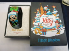 Mickey Very Merry Christmas Party 2015 MagicBand Limited Edition
