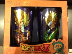 DRAGON BALL - Saiyan Goku & Saiyan Gohan Pint Glasses