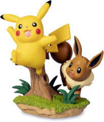 Pikachu & Eevee Figure - Pikachu & Eevee Poke Ball Collection
