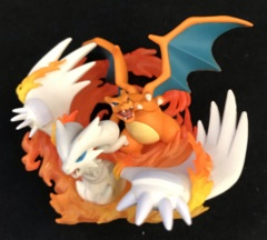 Reshiram & Charizard Figure - Reshiram & Charizard GX Figure Collection Box