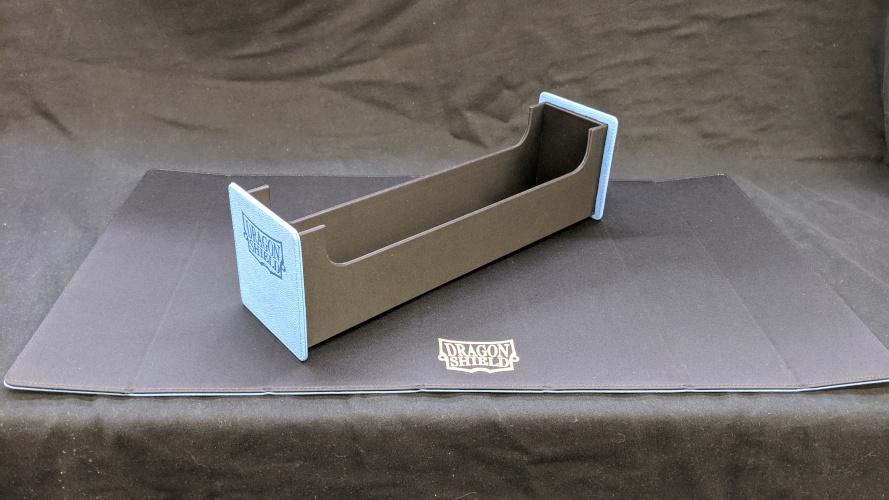 Dragon Shield Magic Carpet Deck Tray & Playmat - Blue