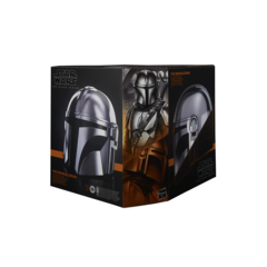 Star Wars The Black Series - The Mandalorian Electronic Helmet