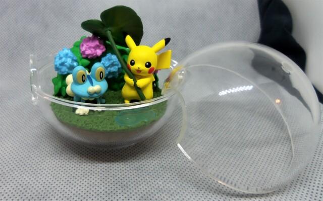 Pikachu & Froakie - Four Seasons - 2