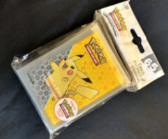 Pikachu (Gray Background) Pokemon Card Sleeves
