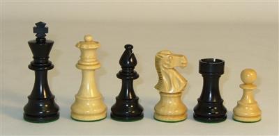 37BLC - 3.75 Lardy Classic Black Chess Pieces