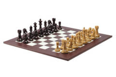 2109CS Burgundy and Blonde Chess set