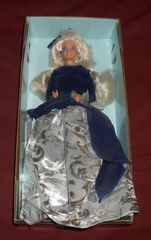 Barbie Winter Velvet Doll © 1995 Mattel 15571 An Avon Exclusive