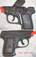 JR. POLICE CHIEF TOY CAP GUN © 1938 Kenton
