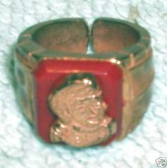 Davy Crockett Premium Ring © 1950s