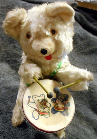 Drumming Bear Alps 1960s