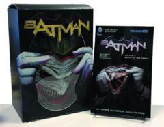 Batman: Death of The Family Book & Joker Mask Set