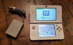 System: Nintendo 3DS Super Mario White Edition