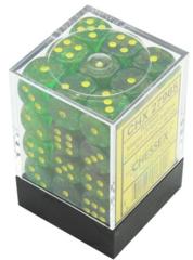 Chessex 27965 Borealis Maple Green/yellow - 12mm d6 Dice Block