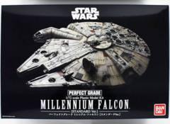 BAN225727: Millennium Falcon (Standard Edition)