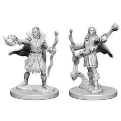 Pathfinder Deep Cuts Unpainted Miniatures: Elf Male Sorcerer