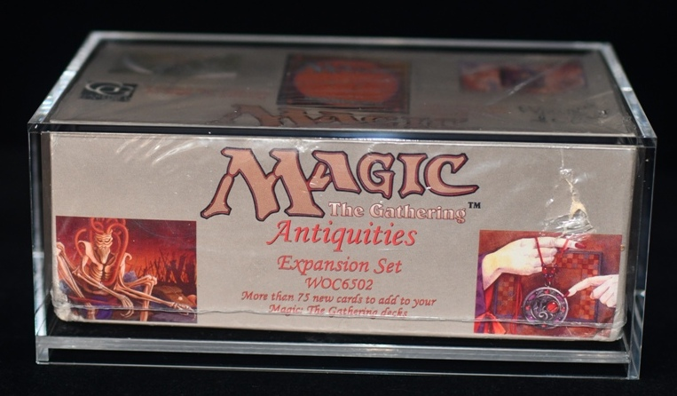 MTG Acrylic Booster Box Display Guard (60001)
