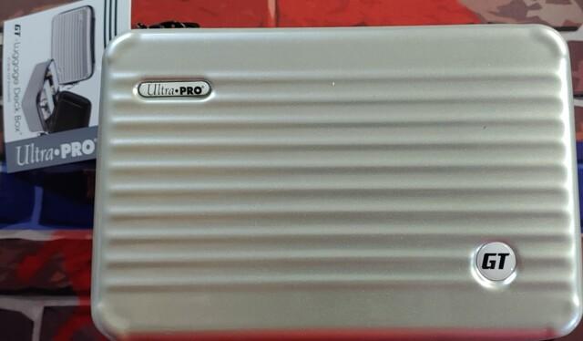 Ultra Pro GT - 200 Luggage Deck Box Gray