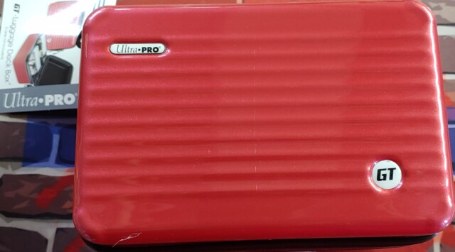 Ultra Pro GT - 200 Luggage Deck Box Red