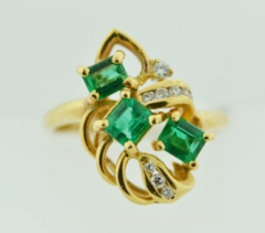 Emerald Ring with Diamond Accents in 14k Yellow Gold