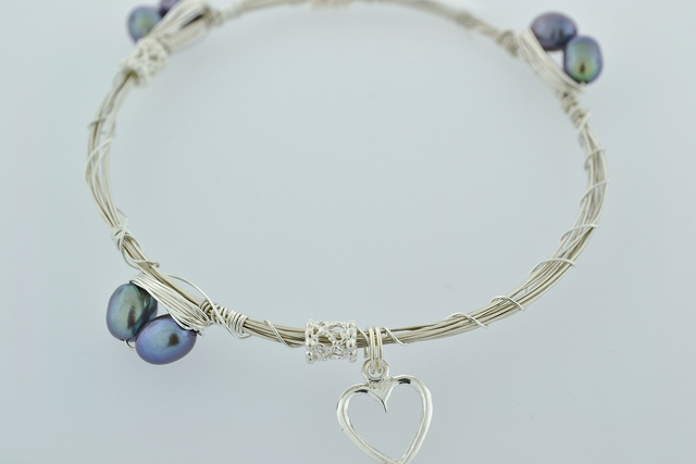 Sterling Wire Bangle, Bracelet w/6 Black Pearls and 3 Filigree Rondelle Bead and a Heart Charm