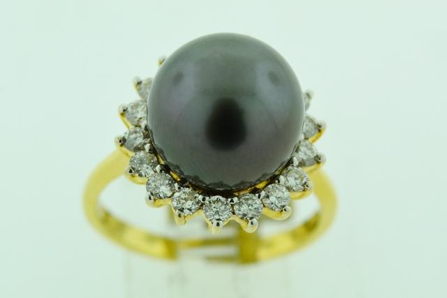 South Sea Pearl Ring, w/Round Brilliant-cut Diamond Set in 18k Yellow Gold
