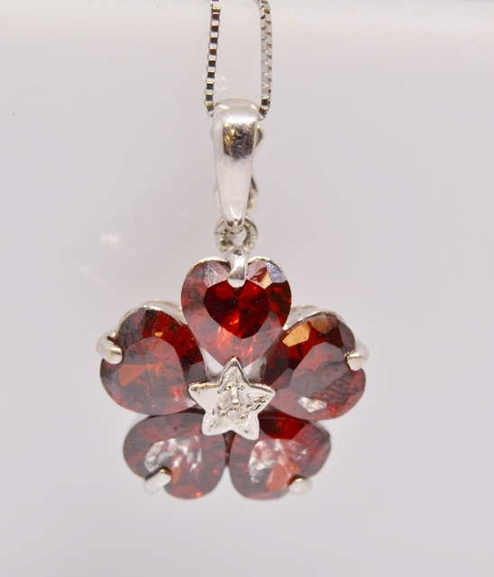 Flower Style Garnet Neklace with Accent Diamonds in 14k White Gold