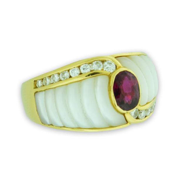 Ruby and Mother Of Pearl Ring in 18k Yellow Gold
