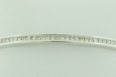 Diamond Bangle Bracelet in 14k White Gold