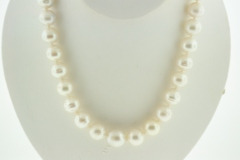 Graduated Pearl Necklace, 18in