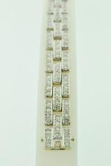 Pavé-set Diamond Bracelet, Set in 14k White Gold