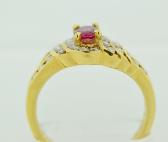 Ruby and Diamond Ring, in 18k Yellow Gold