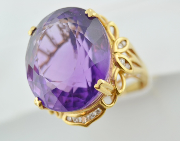Amethyst Ring with Diamonds in 14k Yellow Gold