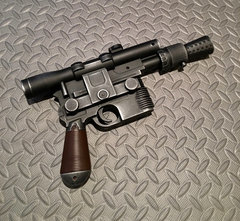 Han Solo Blaster, DL-44 Deluxe version, Fan Made Cosplay Item