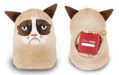 Grumpy cat cozy