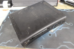 Black Xbox 360 Console: Parts or Repair Only - Sold as is