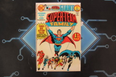 Super-Team Family #1 (1975)