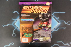 Nintendo Power Mar Vol. 82 W/ cards & Poster