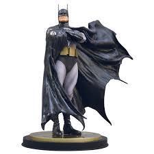 Batman Dark Crusader Statue By Alex Ross (1292 / 5000)