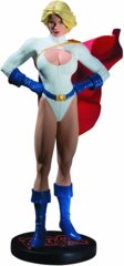 DC Direct Cover Girls of the DC Universe: Powergirl Statue (3704 / 5000)
