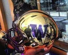 University of Washington UW Huskies Gold Chrome Mirror Full Size Replica Helmet unsigned