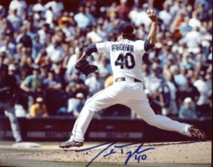 Danny Farquhar Mariners Signed 8x10 Photo H
