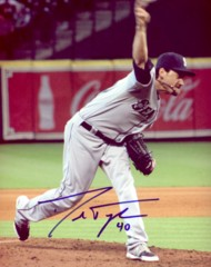 Danny Farquhar Mariners Signed 8x10 Photo D