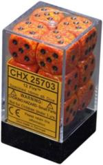 CHX25703 Fire Speckled D6 Dice Set