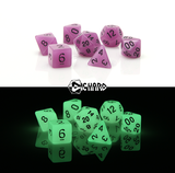 Die Hard 7pc Dice, Glow in the Dark Purple