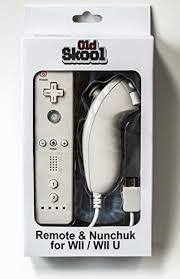 (Old Skool) WII REMOTE AND NUNCHUCK COMBO LOOK ALIKE - WHITE
